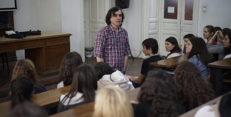 Mircea Cartarescu la intilnirea cu liceenii